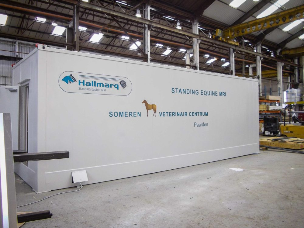 An Equine Modular Room is installed at Veterinair Centrum Someren in the Netherlands